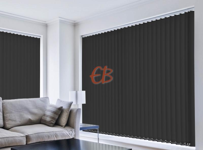 Cortina vertical loneta resina Negro oscurante CA14