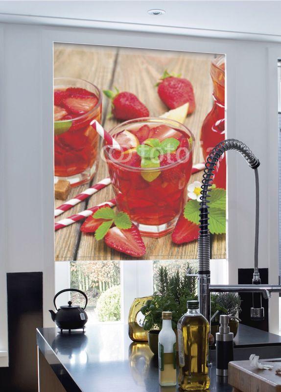 Estor enrollable cocina zumo fresas