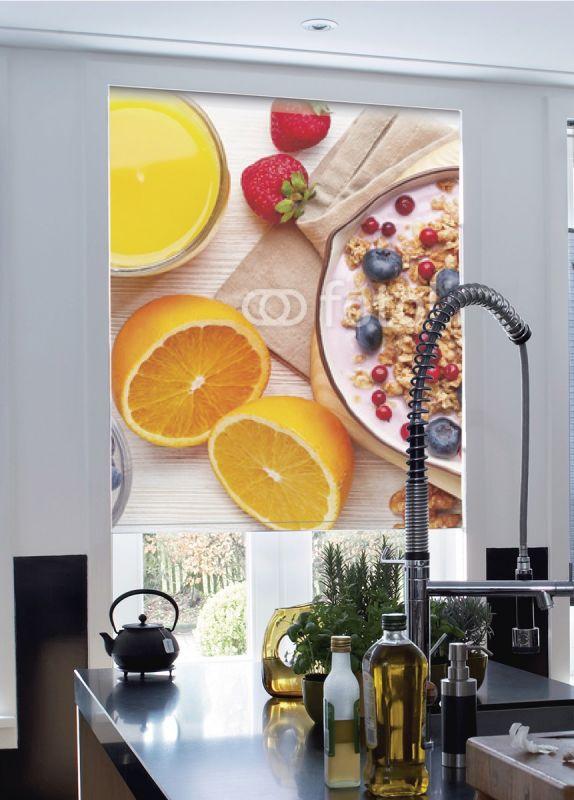 Estor enrollable cocina desayuno frutas