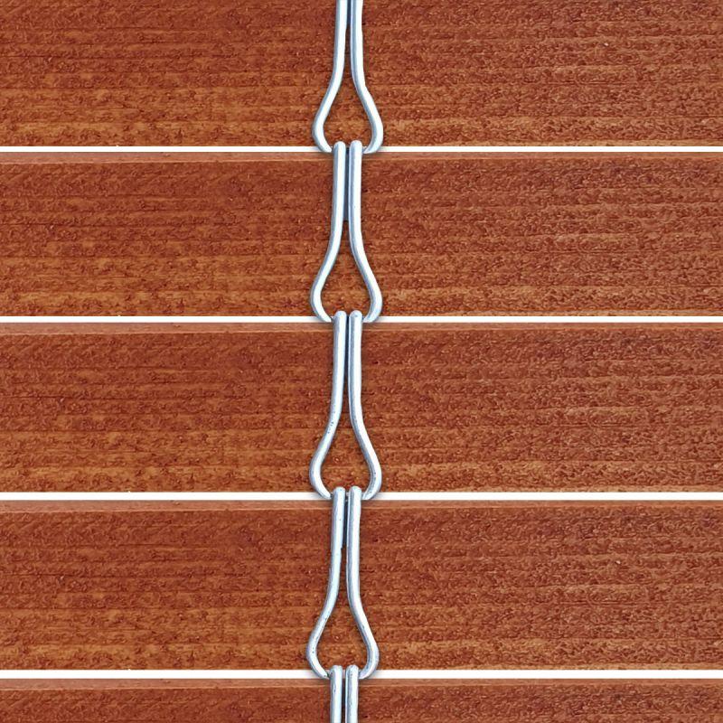 Persiana alicantina de madera acabado barnizado avellana