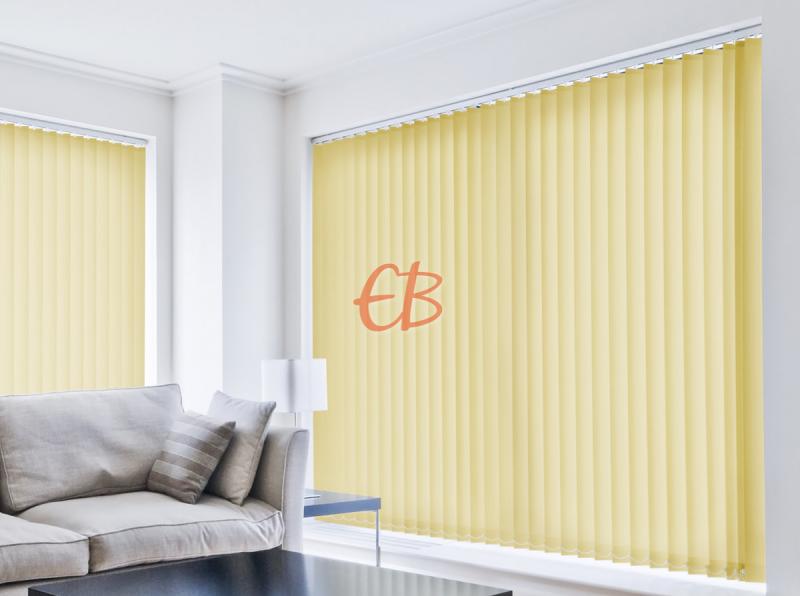 cortina vertical loneta resinada resistente color amarillo