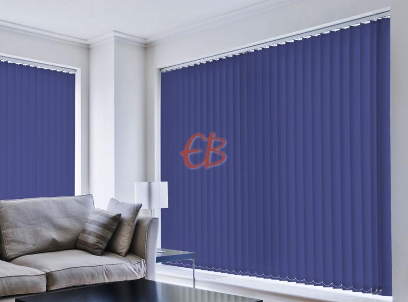 cortina vertical loneta resinada resistente color azul jeans