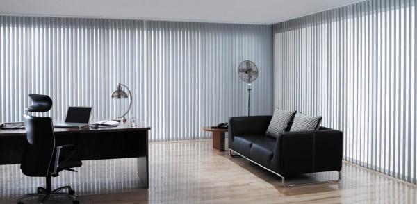 cortina vertical oficina