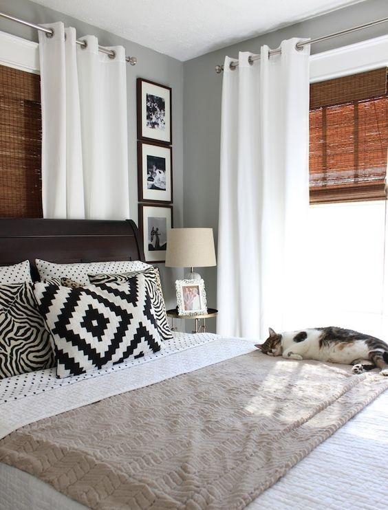 estores y cortinas en una habitacion