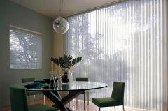 Cortina Vertical Screen 3500 5% lama 127 y 89 mm