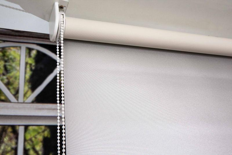 Estor enrollable opaco reflector plata - Soporte para estores ...